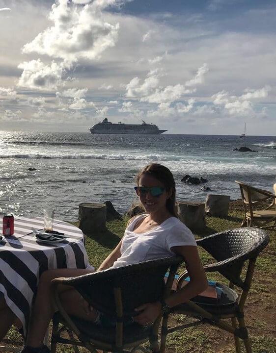 micaela-isla-de-pascua-crystal-cruise