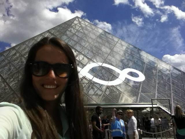 micaela-paris-francia-museo-de-louvre